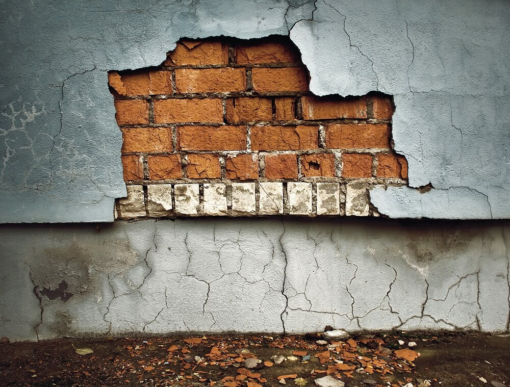 Terre Haute mold remediation cracked wall